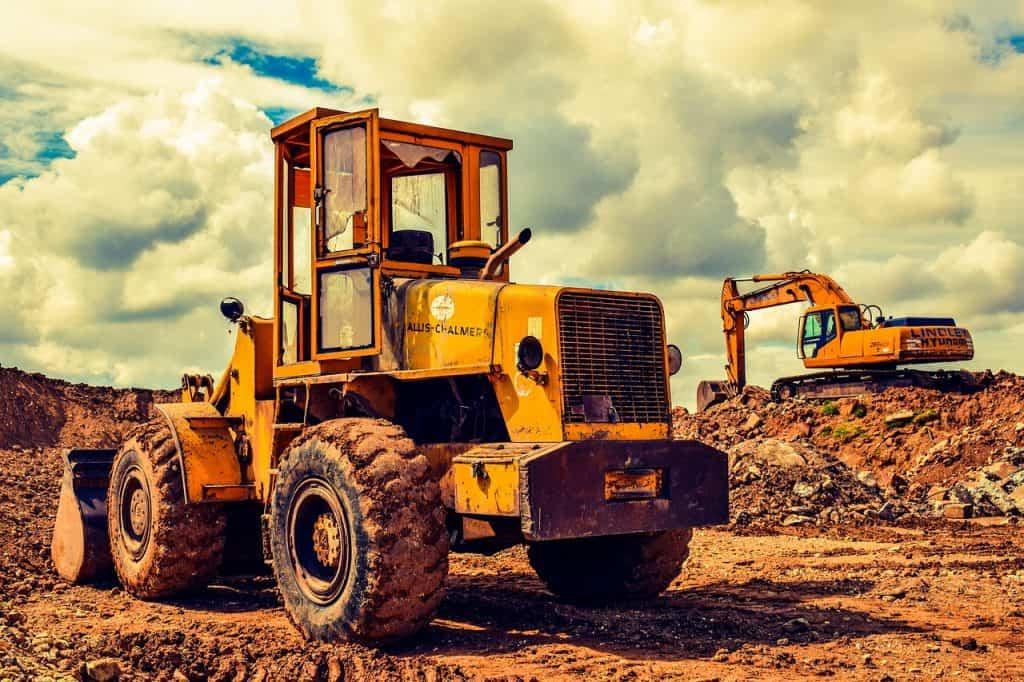 שטח בנייה ומכונות