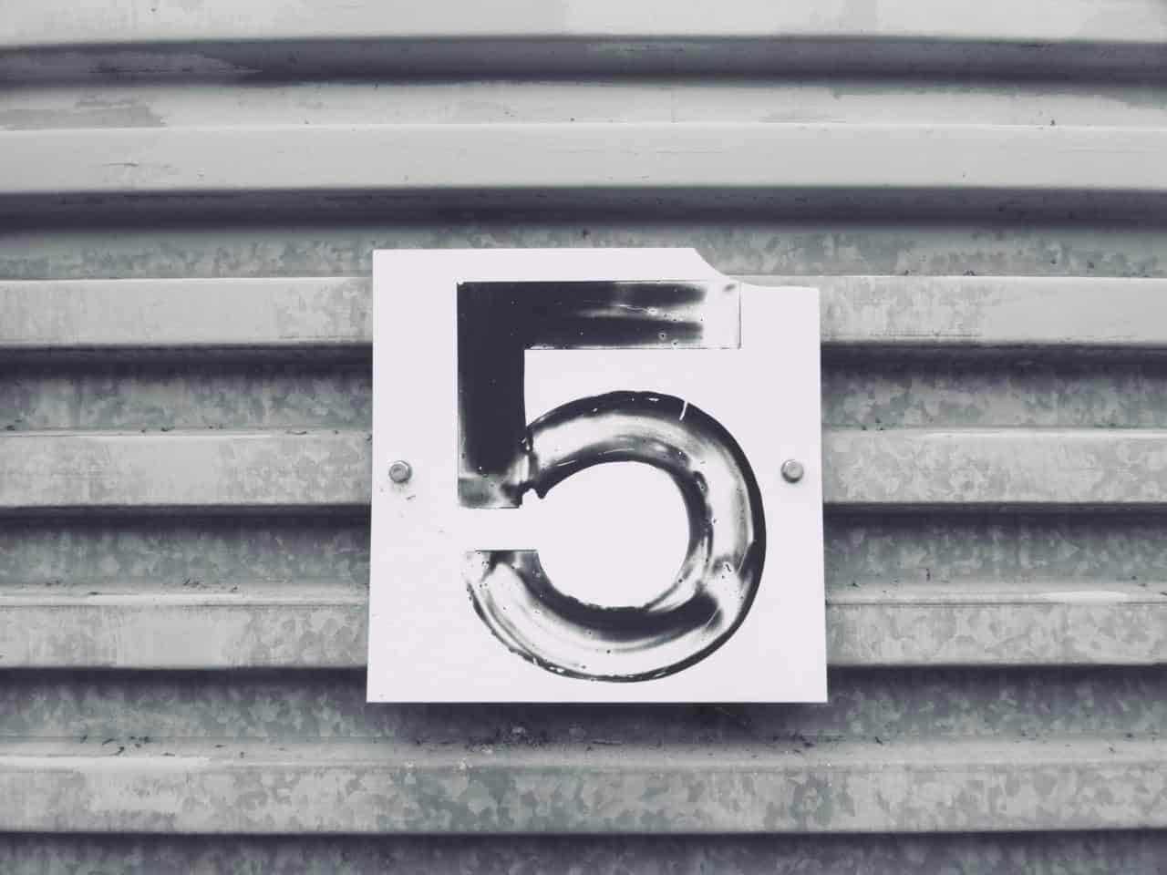 המספר 5 - המחשה ל5 שאלות